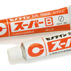 エポキシ系接着剤