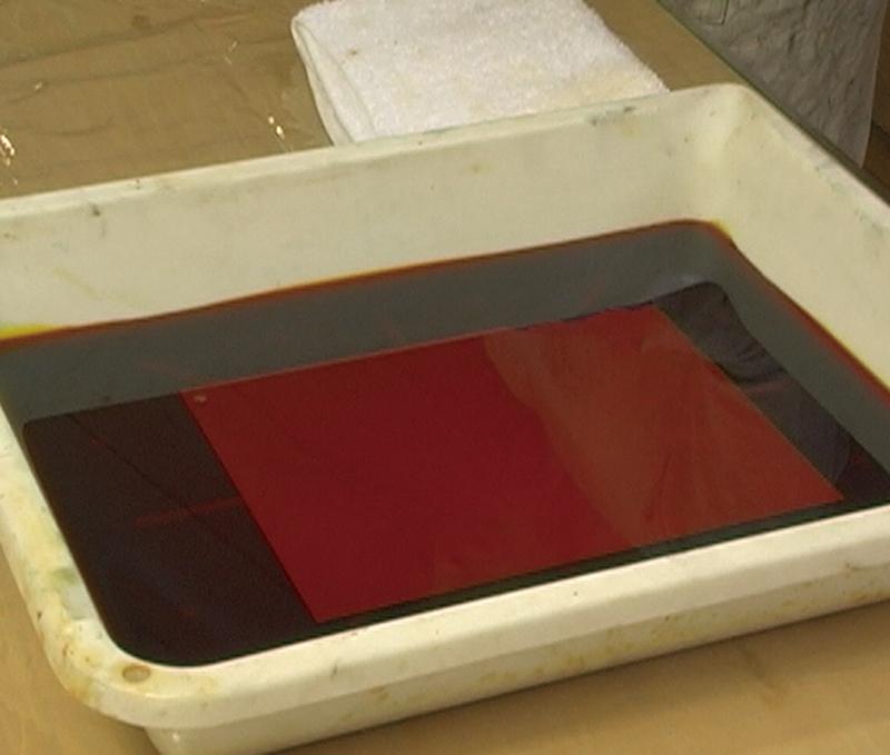 塩化第二鉄溶液による版の腐蝕