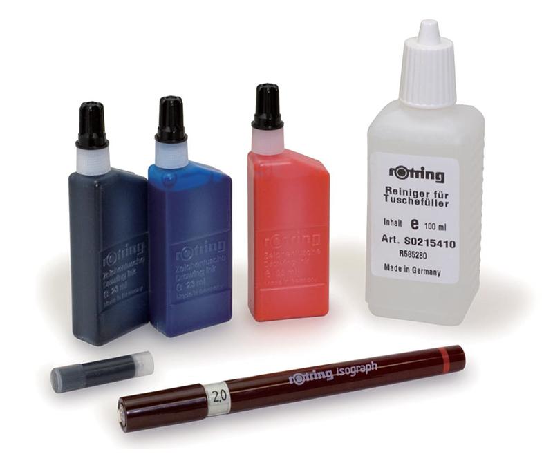 (手前から時計回りに、)製図ペン・カートリッジ・ インク・クリーニング液