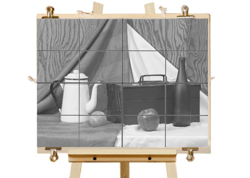手順3. スケールの格子を目安に、あらかじめ画面上に引いておいた格子と照らし合わせながら対象を写し取ります。