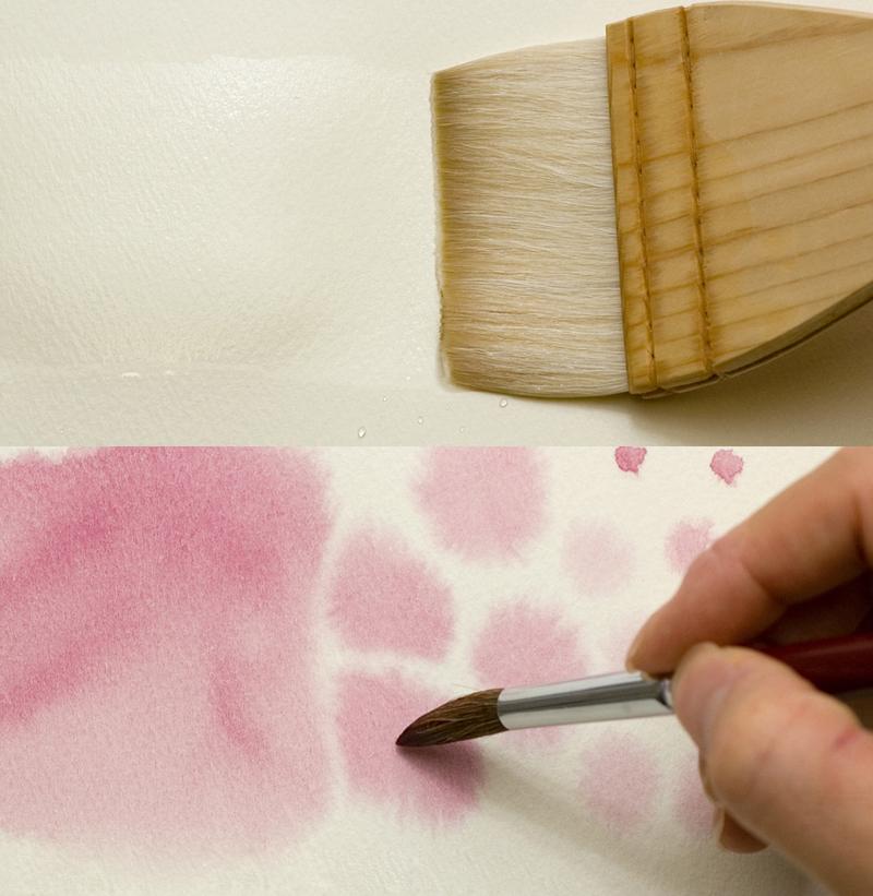 刷毛で水を塗ってにじみをつくる