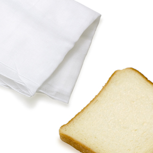 木炭画用消し具(食パン・布)